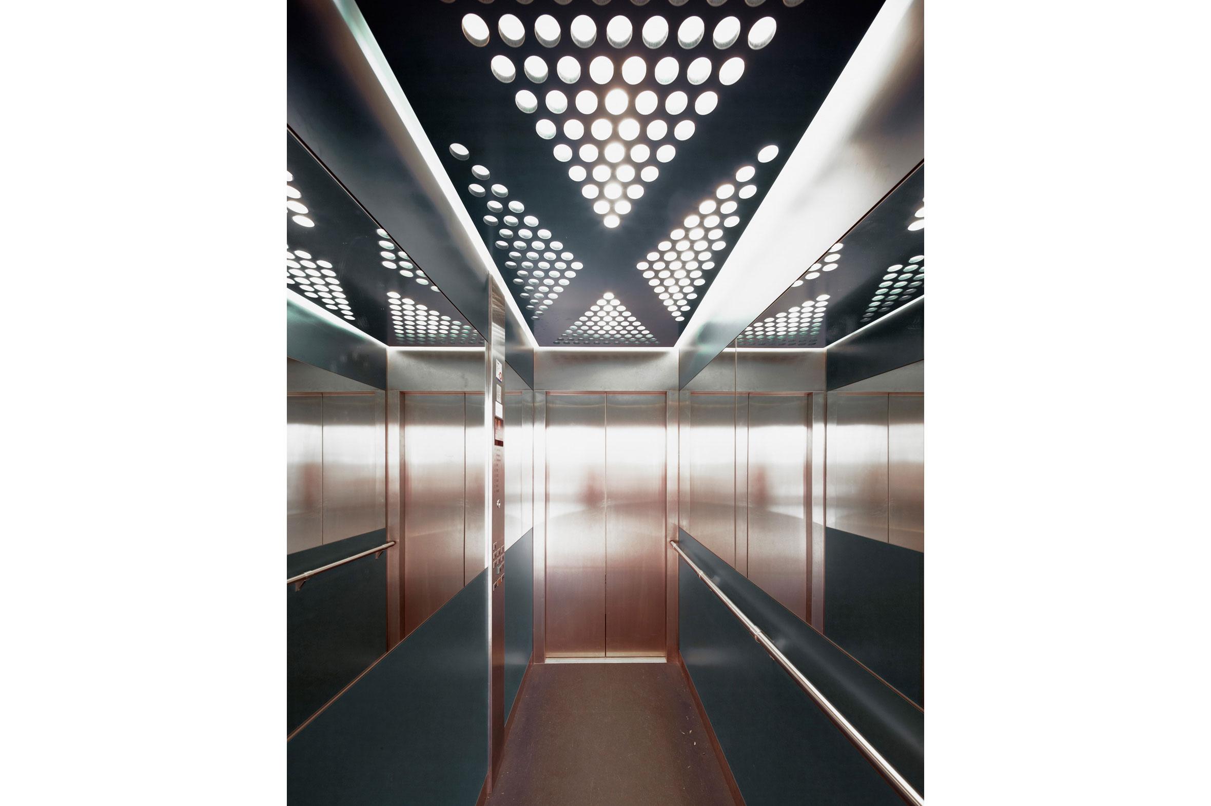 Flat_Iron_Building_stockholm_kontor_insida_foto4_varg_arkitekter_vit_kant